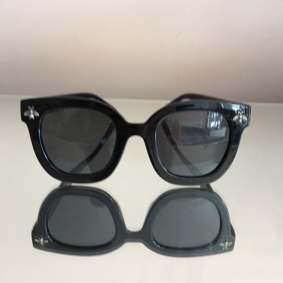 26d6345cd68 Gucci Accessories - Gucci sunglasses case new black bee logo